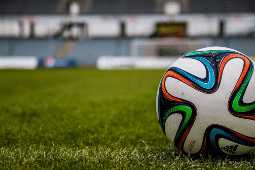 3 Reasons to Check Out Online Football Betting Services